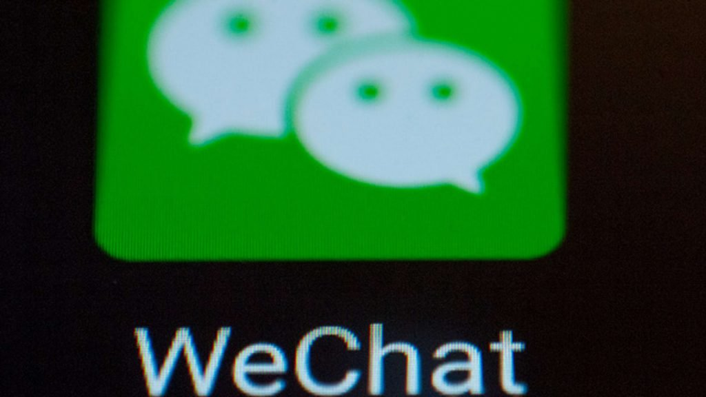 """Users sue Trump administration over """"unconstitutional"""" WeChat ban"""